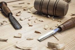 Reparación y restauración de muebles por carpinteros expertos en Málaga